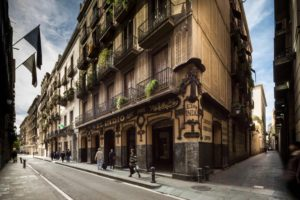 El Raval: Barcelona Neighbourhood Guide